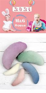 newborn posing pillow props