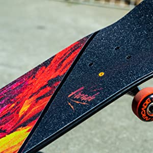 Arcade skateboard graphics and colors