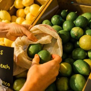 storage reusable bags less waste shopping mesh muslin fruit groceries vegetables grans rice lentils