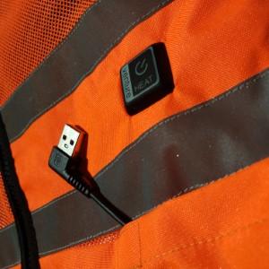 USB powered non proprietary plug