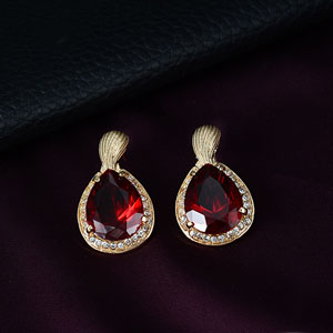 Teardrop earrings red