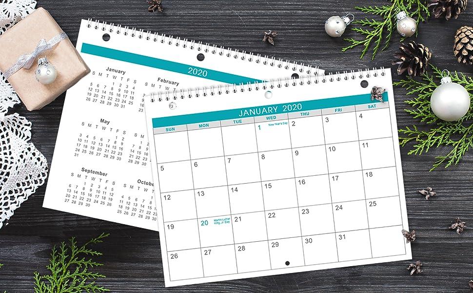 wall/desk calendar