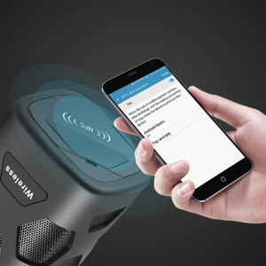 Bluetooth wireless speakers