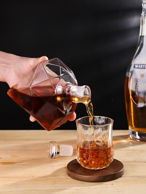 whiskey decanter glass wine decanter