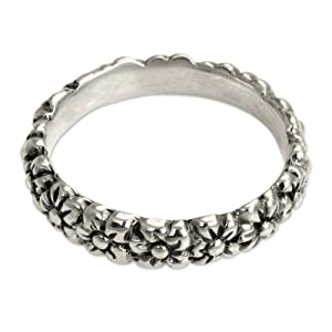 NOVICA .925 Sterling Silver Daisy Floral Band Ring, silver beautiful flower ring, women's jewelry