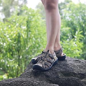 Women athletic sandals