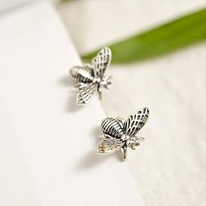 silver_bee_earrings_studs_for_women_teen_girls