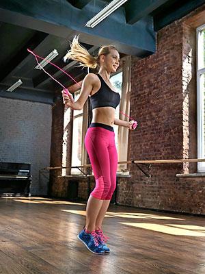 Allaperto Esercizio YumSur Corda per Saltare Boxe /& Formazione MMA Regolabile Speed Corda di Salto con la Maniglia di Schiuma di Memoria Molle e Cuscinetti a Sfera per Unders Doppie Fitness wod