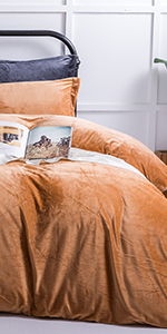 NTBAY Velvet Flannel Duvet Cover Set
