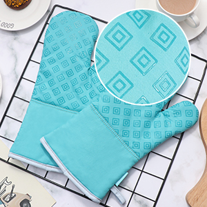 Oven mitts 2