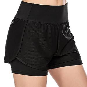 women runing shorts