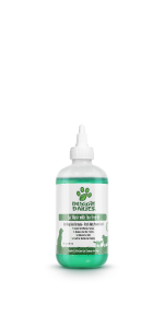 Pet ear cleaner for dogs and cats with tea tree oil and aloe vera