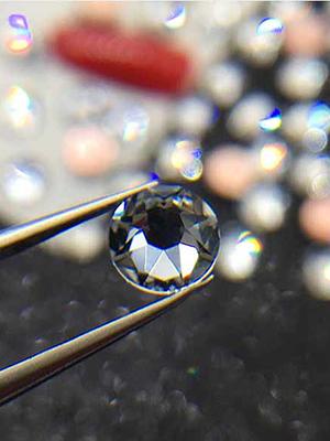 SHINY Clear Round Gems