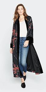 KIM+ONO Women's Charmeuse Kimono Wrap Watercolor Floral Cherry Blossom amp; Crane Black