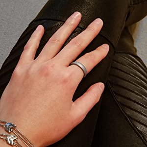 silver silicone ring model