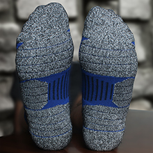 With Left and Right feet. Moisture-Wicking Durable material With Padded, Comfy, Impact-absorption