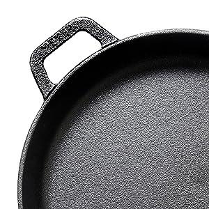 cast iron frypan