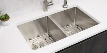 28 In Undermount Kitchen Sink Double Bowl Bottom Grids Luxury Basket Strainers 16 Gauge Stainless Steel S 300xg