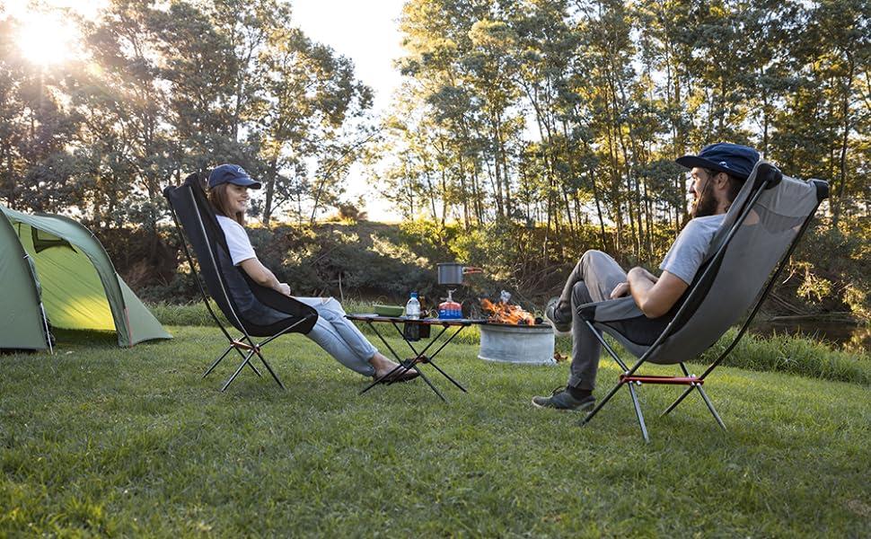 アウトドアテーブル キャンプテーブル ネイチャーハイク 登山 軽量 ドリンクホルダー おりたたみ 耐熱 メッシュ 折り畳み ハイキング ピクニック バーベキュー 食事テーブル 滑り止め 収納袋付き