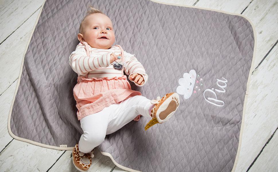 Bleu Cadeau bebe naissance personnalis/é Personello/® Couverture personnalis/ée b/éb/é brod/é avec prenom Bio coton Baleine avec nom et date