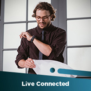 Live connected by smartwatch