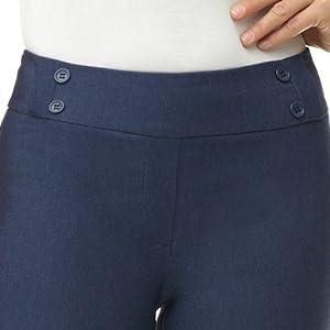 Tonal buttons at the waist