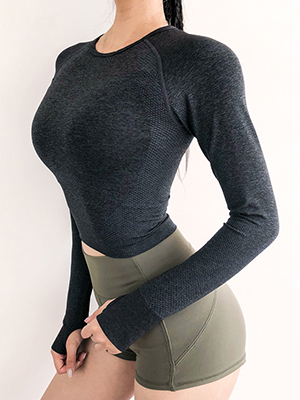 Black seamless long sleeve gym tops