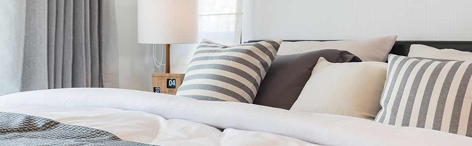 White Down Comforter with 4 tabs