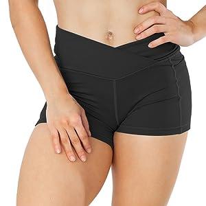 criss waist workout shorts