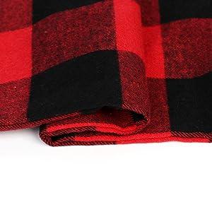 红黑格子枕套