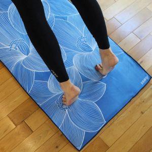 Non-Slip Yoga Towel, Pocketed Yoga Towel, Anti Skid Yoga Towel, Hot Yoga Towel, Bikram Yoga Towel