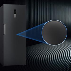 Design de la porte en acier noir