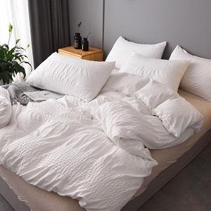 white duvet cover textured
