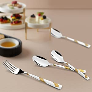 Dining table cutlery set