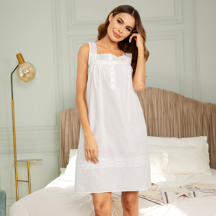 Women cotton nightgown