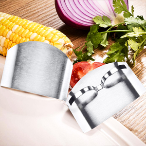 Finger Guards Stainless Steel Knife Cutting Protector Kitchen Tool Chef Knife Finger Guard for Food