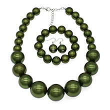 oliven green pearl necklace