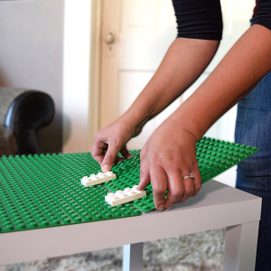 Creative QT Duplo Peel and Stick baseplates are simple and easy to apply to any surface