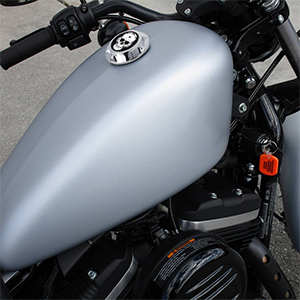 B Motorcycle CNC Aluminum Fuel Gas Tank ROUGH CRAFTS Decorative Oil Cap for Harley Davidson Sportster XL 1200 883 X48 Dyna