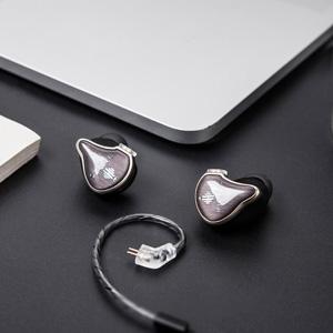 detachable headphone cables