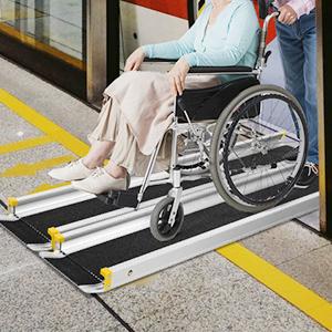 Wheelachir in Subway