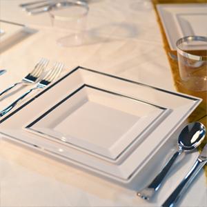 Plastic Dinnerware set