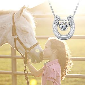 horseshoe necklace for women