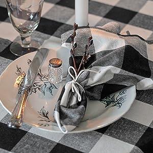 black white checkered napkins