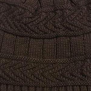 Cappello lavorato a maglia per donna Cappello lavorato a maglia per uomo