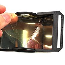 Veuillez déchirer le film sur les deux côtés du booster avant de l'utiliser.