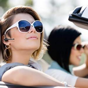 Bluetooth Headset für Telefonate im Auto unterwegs