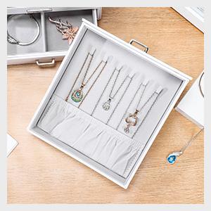 Vertical drawer 2