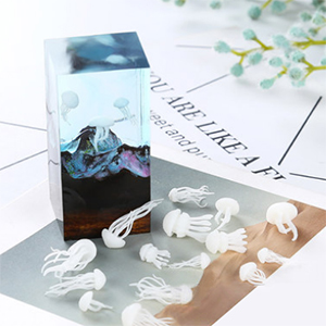 Finelnno 5pcs 3D Mini Jellyfish Resin Filler Mold Filler Jewelry Making Supplies for Art Resin Molds Crafts Diy 5pcs Jellyfish