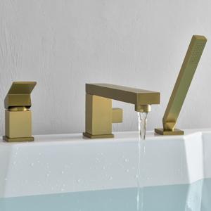 3 holes bathtub faucet